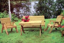 Hel möbelgrupp: soffa + bord + två stolar
